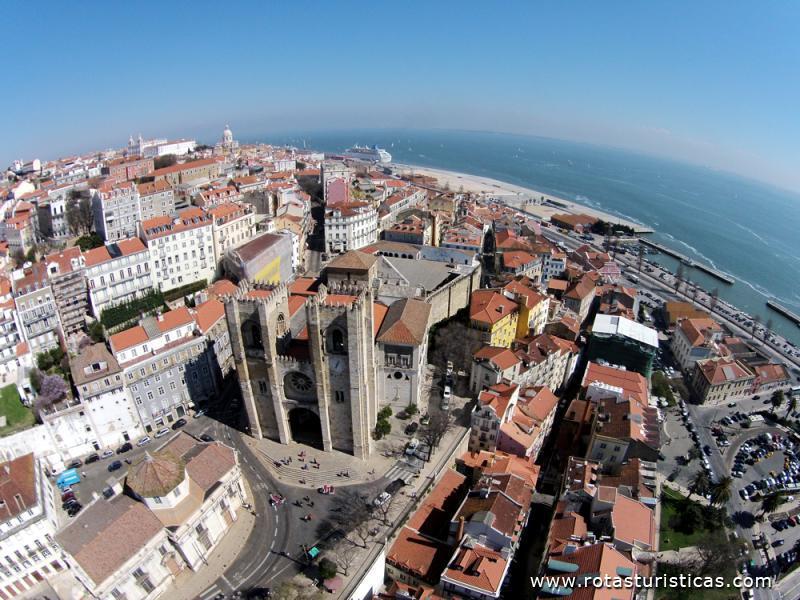 Vista a rea da s de lisboa lisboa portugal fotos rotas - Restauradores granada ...