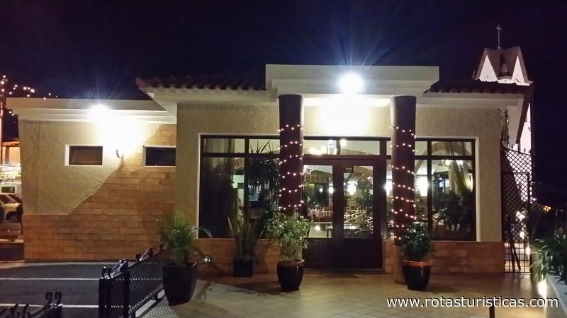 Restaurant Near Sao Goncalo Funcal
