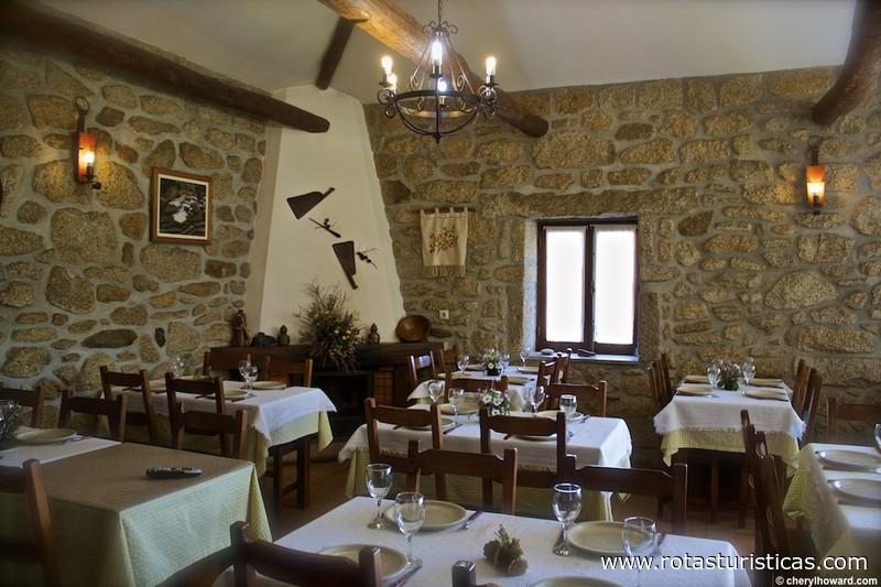 Restaurante casa no campo arouca aveiro portugal for Restaurantes casa de campo